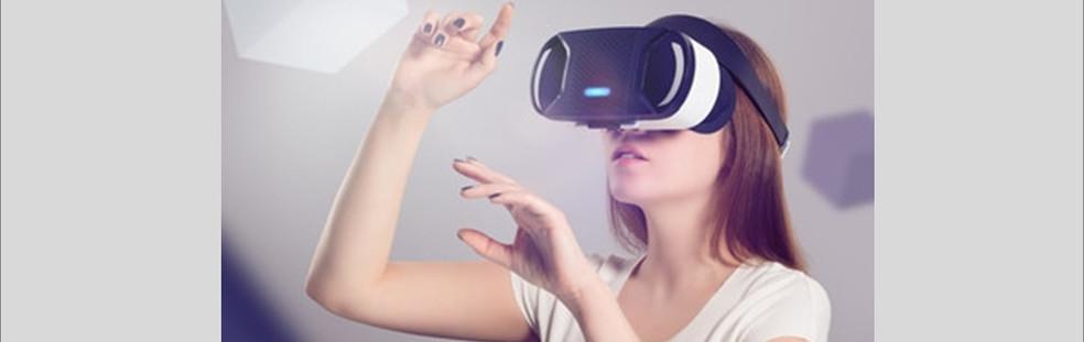 """Workshop """"Co-Kreative Entwicklung von Anwendungsszenarien für verteilte, kollaborative VR, AR und MR mithilfe von Design Thinking"""""""